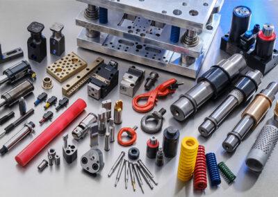 HoFe-Werkzeugtechnik-Fuehrungselemente-AMPCO-Pillar-Schieber-Saulenfuehrungsgestell-Fuehrungsbuchse-Fuehrungsbolzen-Fuehrungssaeule-Stahl-Bronze-Graphit-Fuehrungsstange-Grundplatte