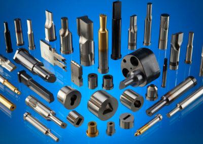 HoFe-Werkzeugtechnik-Stempelhalter-Halteplatte-Schneidelemente-Auswerfer-Schulterstempel-Matrizen-Sonderform-Rohling-Beschichtet-DIN-ISO-8977-9861